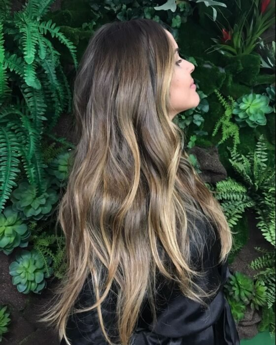 Sand colored hair; the tone that brightens and suits any skin type 2