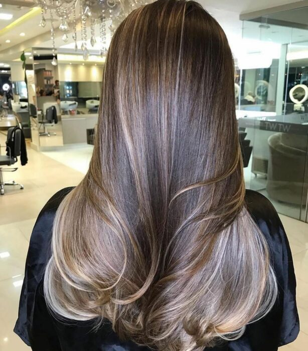Sand colored hair; the tone that brightens and suits any skin type 3