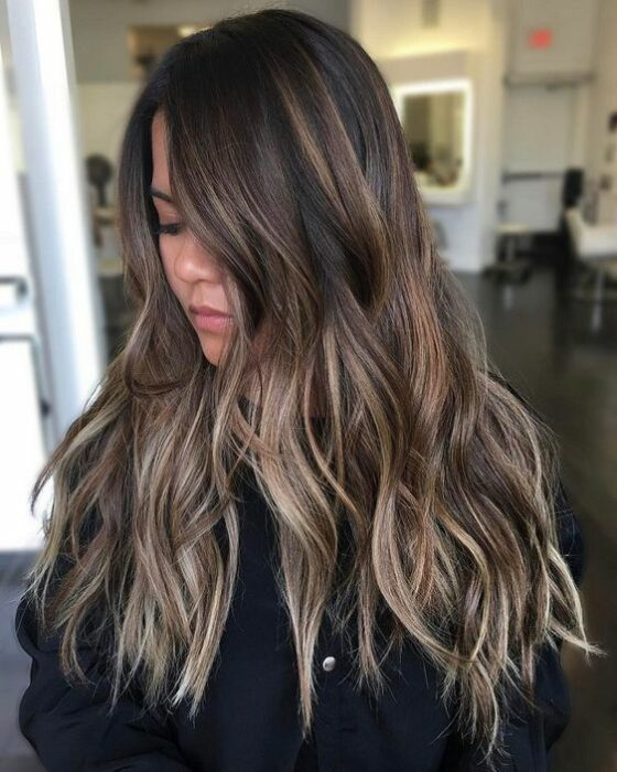 Sand colored hair; the tone that brightens and suits any skin type 5