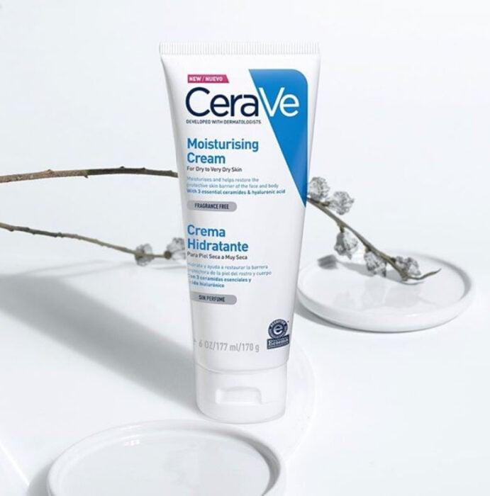 Crema hidratante facial de CeraVe