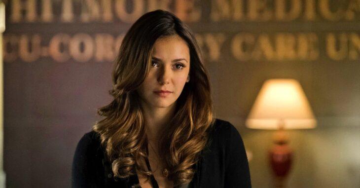 Nina Dobrev en la serie The Vampire Diaries