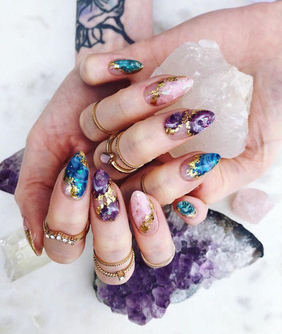 Quartz-inspired manicure