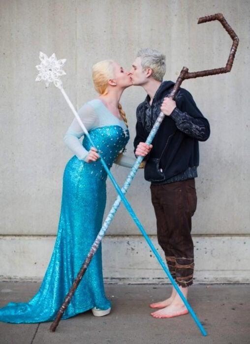 Ideas para disfraces de películas, series y caricaturas para Halloween; Frozen, Elsa y Jack Frost