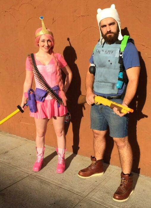 Ideas para disfraces de películas, series y caricaturas para Halloween; Hora de aventura, La dulce princesa y Finn