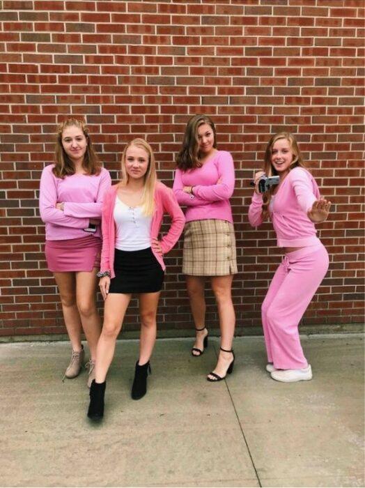 Disfraz grupal inspirado en la película Chicas pesadas