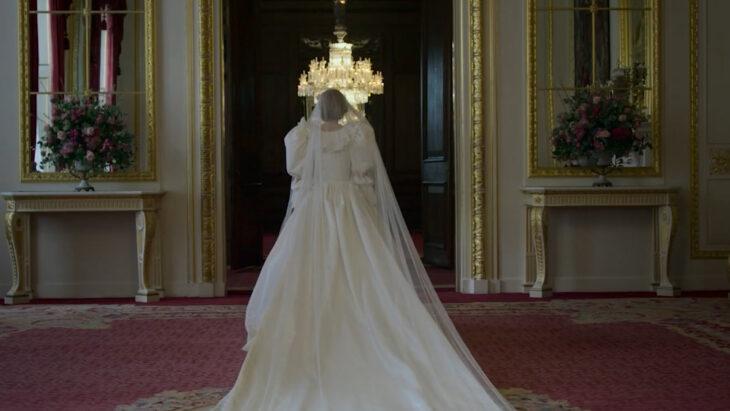 Escena de la serie The Crown: Temporada 4 con Diana de Gales