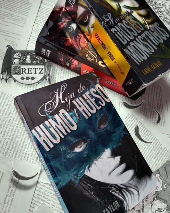 Libro Hija de humo y hueso de Laini Taylor