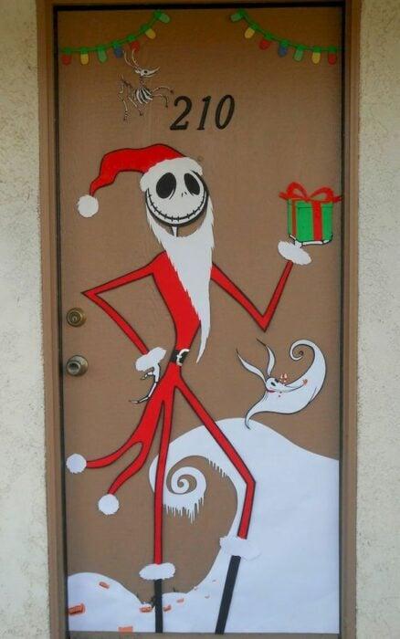 Puerta decorada con Jack de El extraño mundo de Jack