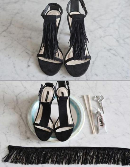 DIY Zapatos negros con tela cortadas en tiras colocada en la parte delantera con silicón frío
