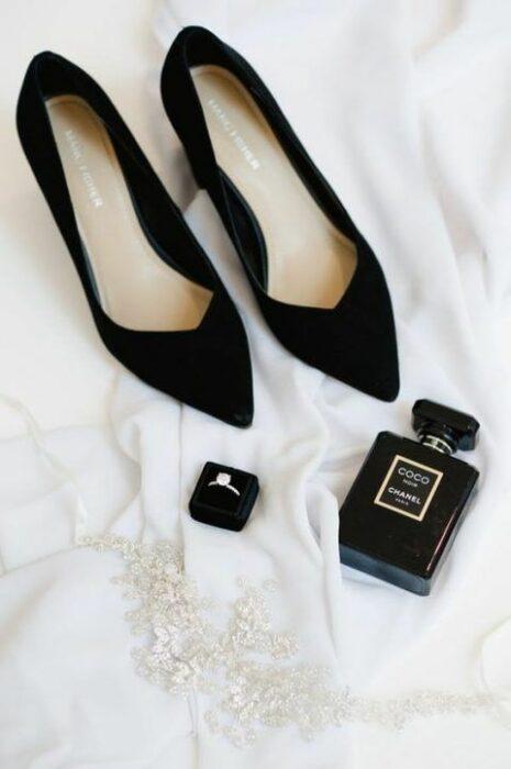 Zapatos de boda en color negro