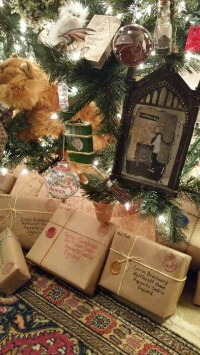 Rgalos envueltos como si fueran cartas mágicas de Harry Potter