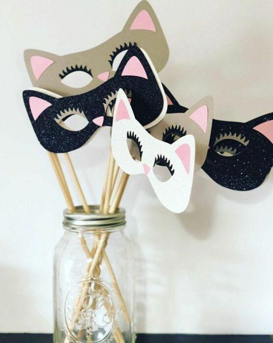 Antifaces en forma de gato