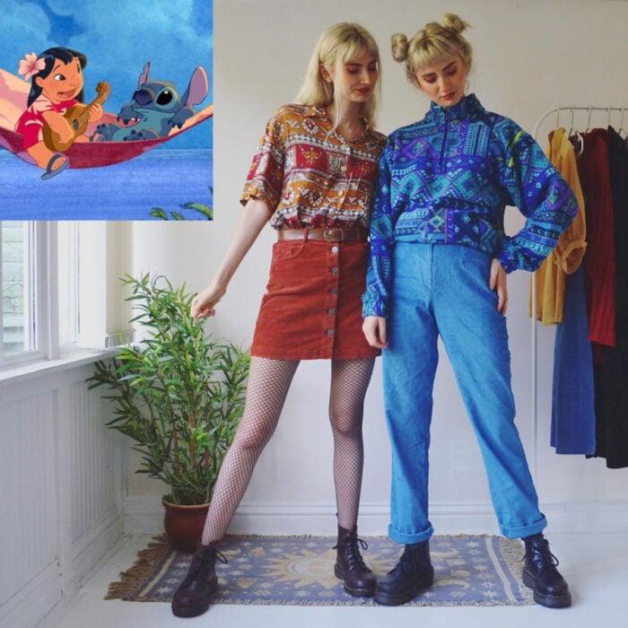 Hermanas gemelas arman atuendos inspirados en películas animadas y caricaturas con ropa vintage; Disney, Lilo y Stitch