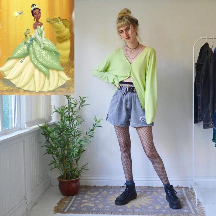 Hermanas gemelas arman atuendos inspirados en películas animadas y caricaturas con ropa vintage; Disney, La princesa y el sapo, Tiana