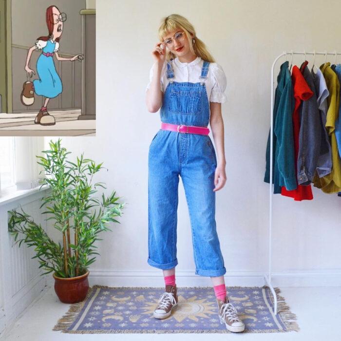 Hermanas gemelas arman atuendos inspirados en películas animadas y caricaturas con ropa vintage; El recreo, Gretchen Prunella Grundler