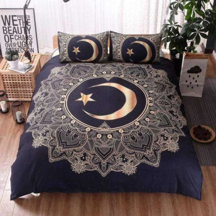 Edredón con diseño de Luna y estrellas en coloro dorado y tela azul marino