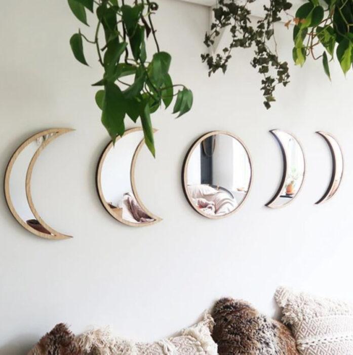 Set de espejos en forma de las fases de la Luna