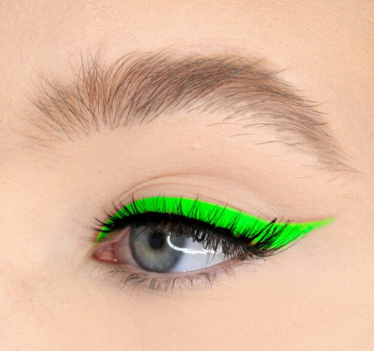 Girl with a neon green outline