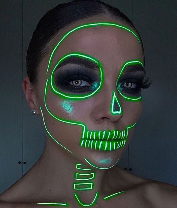 Maquillajes catrina neón