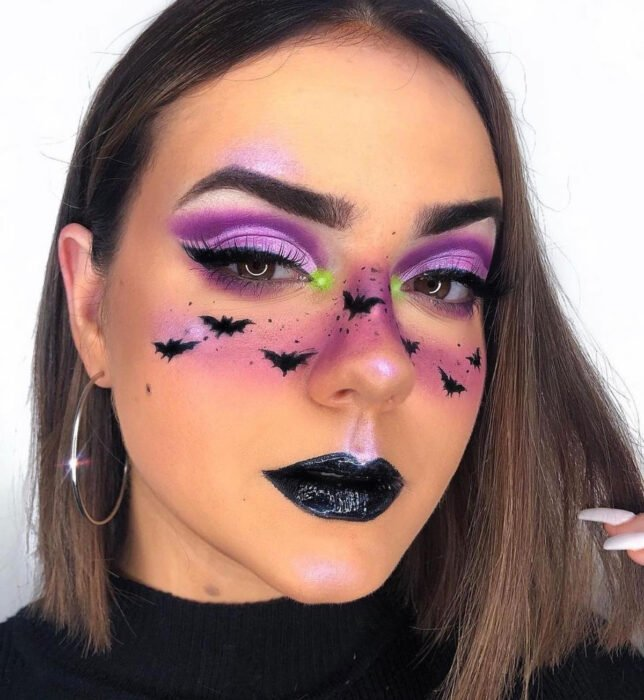 Simple and creative makeup for Halloween; bats