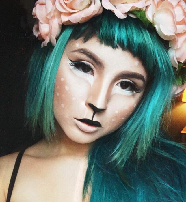 Simple and creative makeup for Halloween; deer