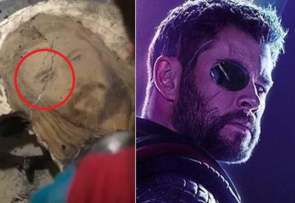 Escena de la película Thor: Ragnarok mostrando a Thor con su ojo herido