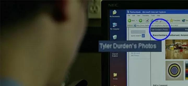 Escena de la película La red social mostrandoun perfil falso de Facebook
