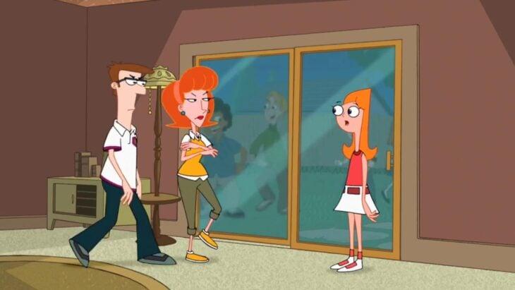 Papás de Phineas y Ferb viendo a candace