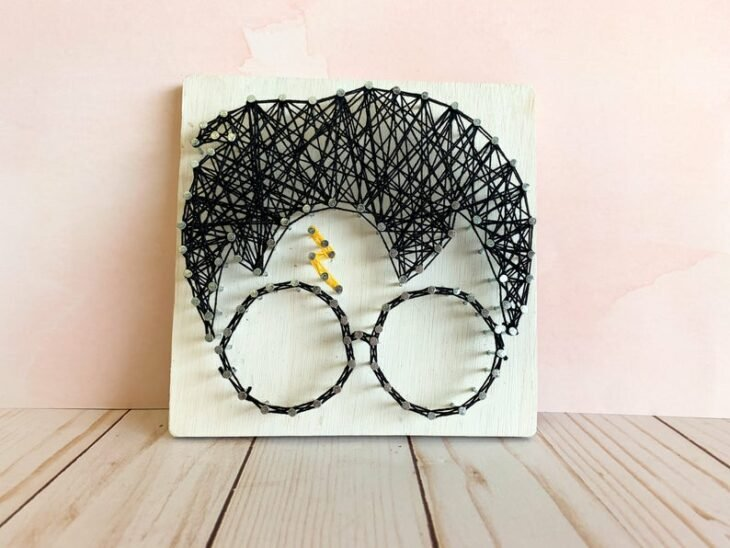 Cuadro decorativo con hilos inspirado en Harry Potter