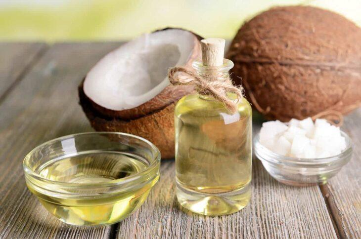 Coconut oil to remove underarms; Natural medicine