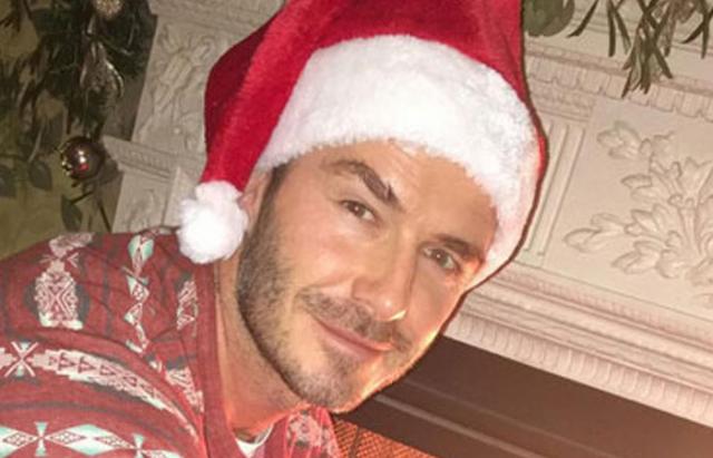 David Beckham con gorro de santa claus
