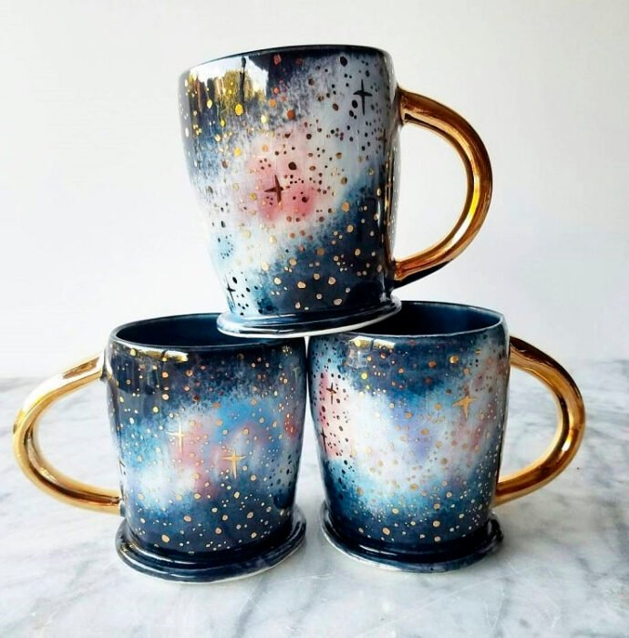 Taza para tomar el té, con detalles de arcoíris
