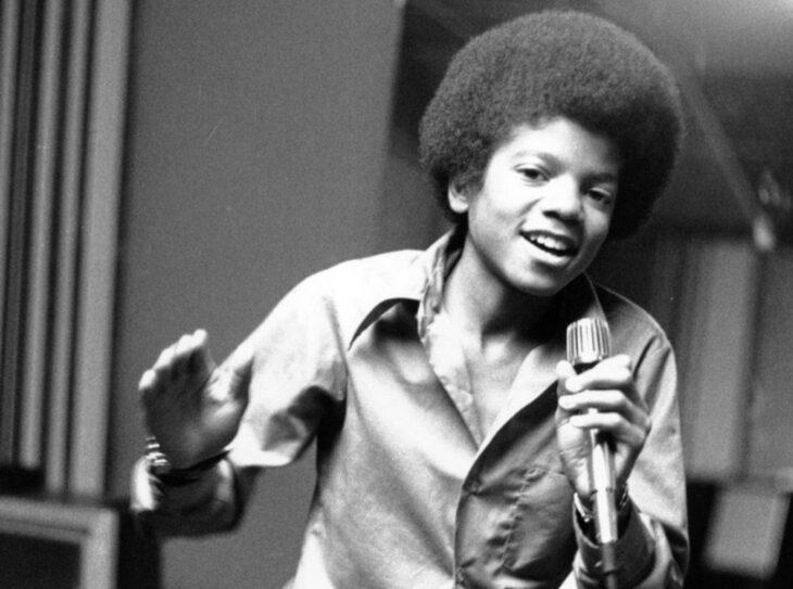 Teorías conspirativas de famosos; Michael Jackson