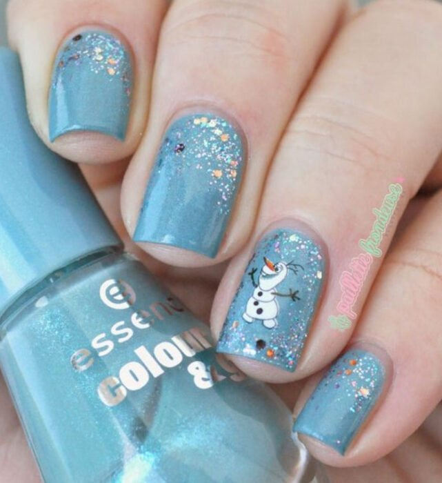 Disney-inspired manicure from the movie 'Frozen'