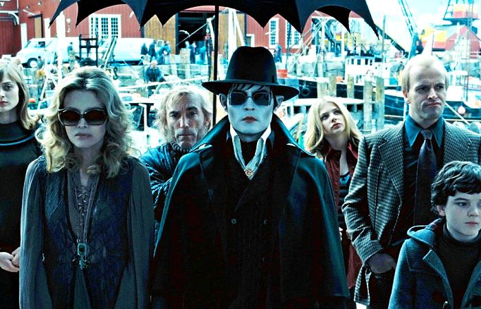 Escena de la película Dark Shadows con Johnny Depp