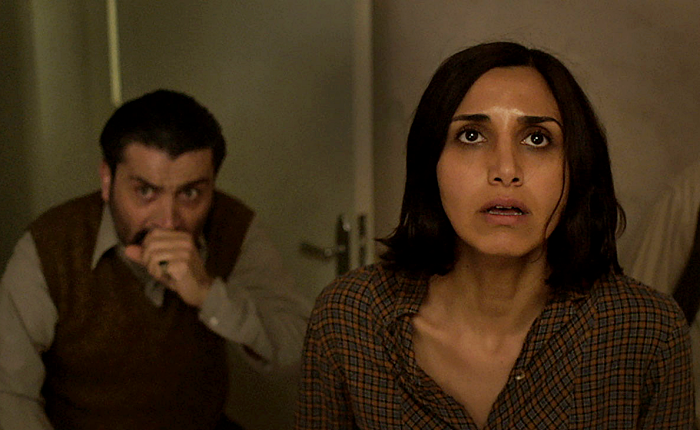 escena de under the shadow