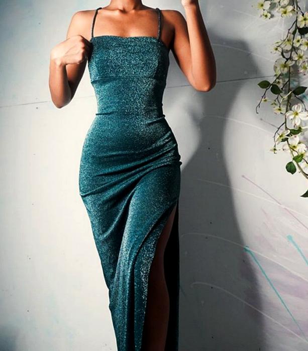 vestido turquesa largo de terciopelo de tirantes
