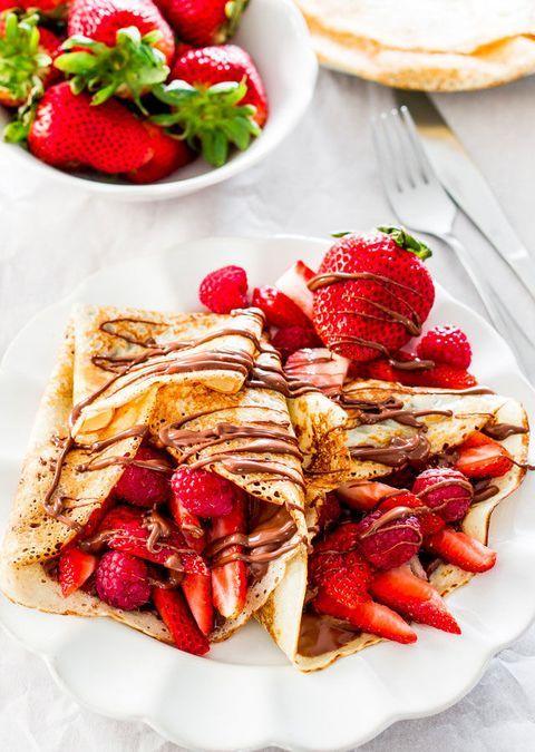 Crepas rellenas de fresas con cajeta; recetas con crepas