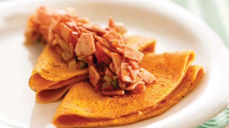 crepas rellenas de carne fría con chipotle; recetas con crepas