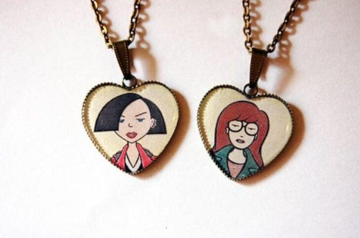 Collares de la amistad con dije de corazón y el rostro de Daria y Jane