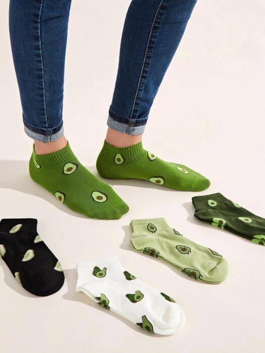 Calcetines decorados con bordados de aguacate; Artículos para las chicas que aman el aguacate