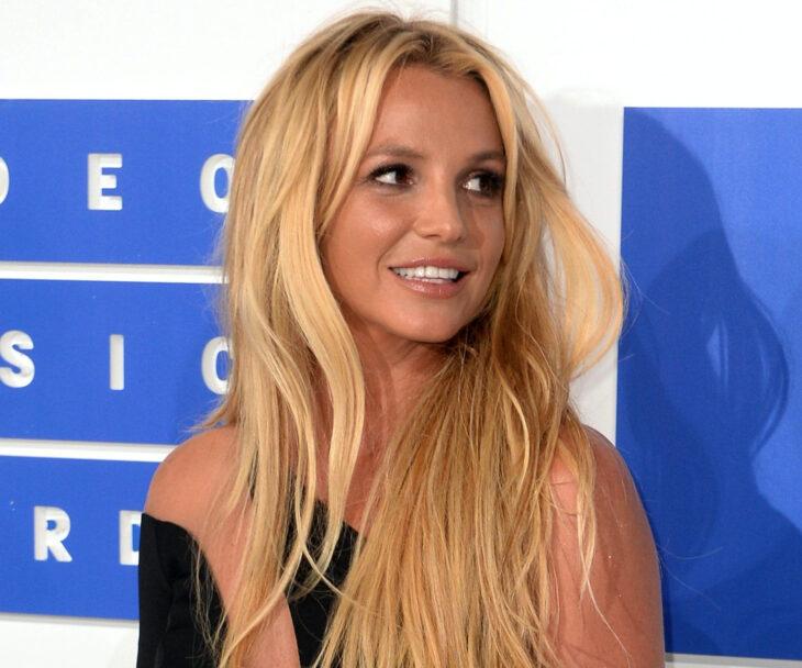Cantante, princesa del pop Britney Spears; pierde batalla legal contra su papá, James Parnell
