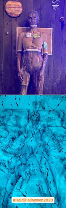 Heidi Klum disfrazada como pared de madera y cobija de cama azul