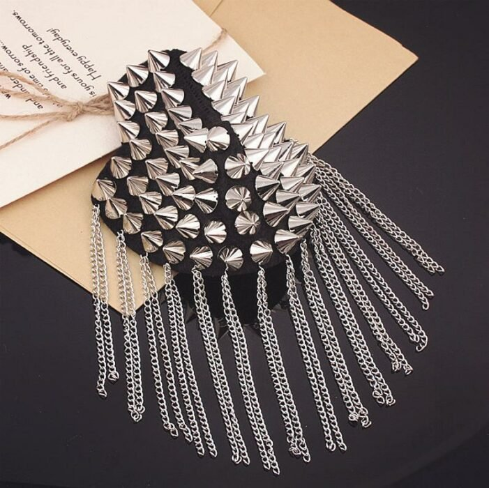 Shoulder pads made with spikes and hanging silver chains; Shoulder pads to decorate your clothes
