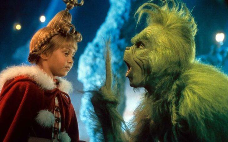 Escena de la película El Grinch; Películas perfectas para quienes odian la Navidad