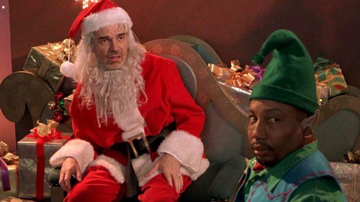 Escena de la película Bad Santa; Películas perfectas para quienes odian la Navidad