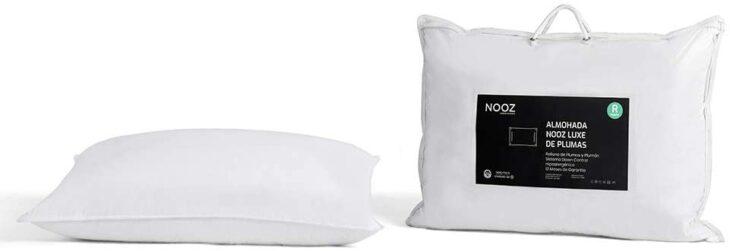 Set de almohadas color blanco para cama matrimonial
