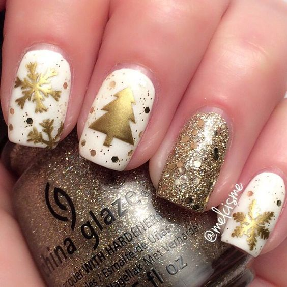 White manicure with gold details; Glitter nails for Christmas