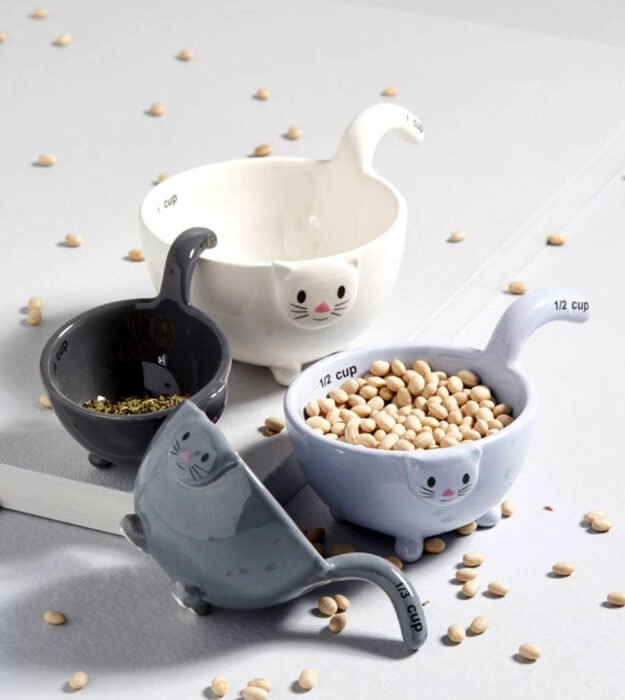 Utensilios bonitos y kawaii de cocina; tazones medidores de cerámica en forma de gatos
