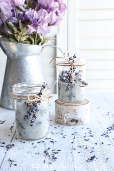 Vela aromática con esencia de lavanda; Tutoriales para hacer tus propias velas aromáticas